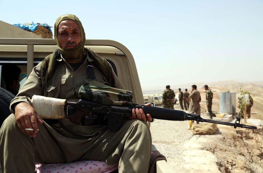 A-member-of-the-Kurdish-Peshmerga-troops