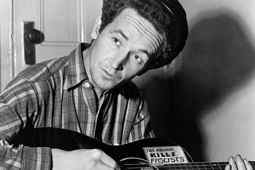 Woody-Guthrie
