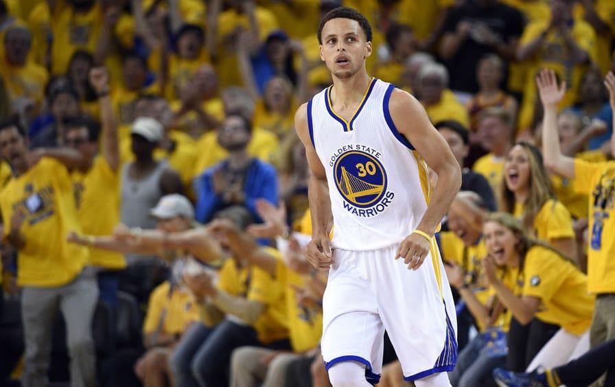 Golden-State-Warriors-guard-Stephen-Curry