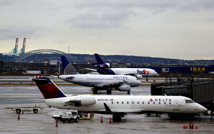 Newark_Airport_ap_img