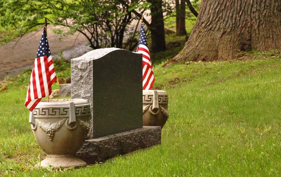 American_Flag_Grave_ss_img