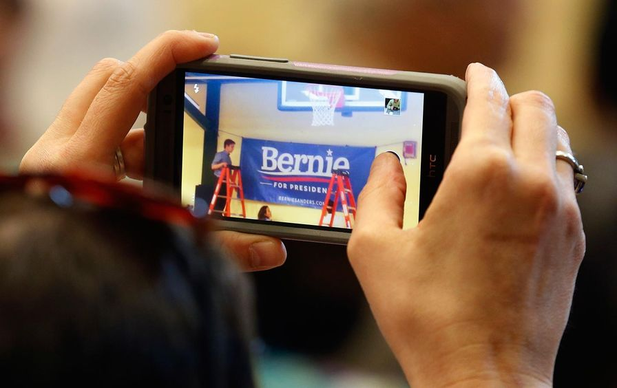 Bernie_technology_AP_img