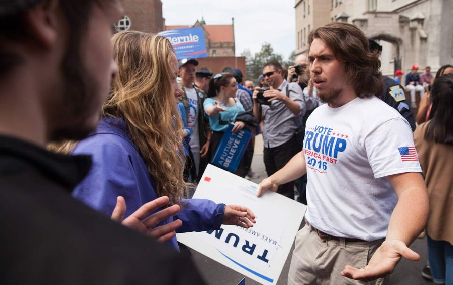 Bernie_trump_supporters_img