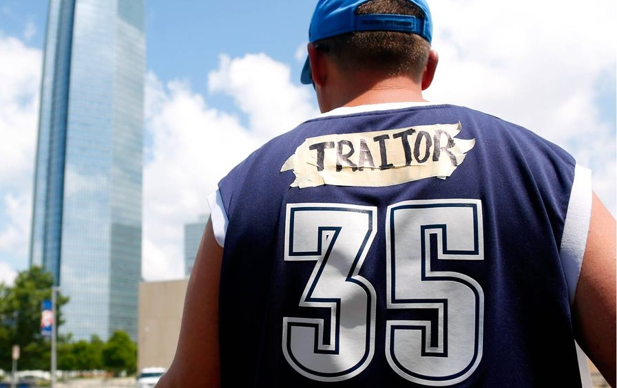 Kevin Durant Traitor Jersey