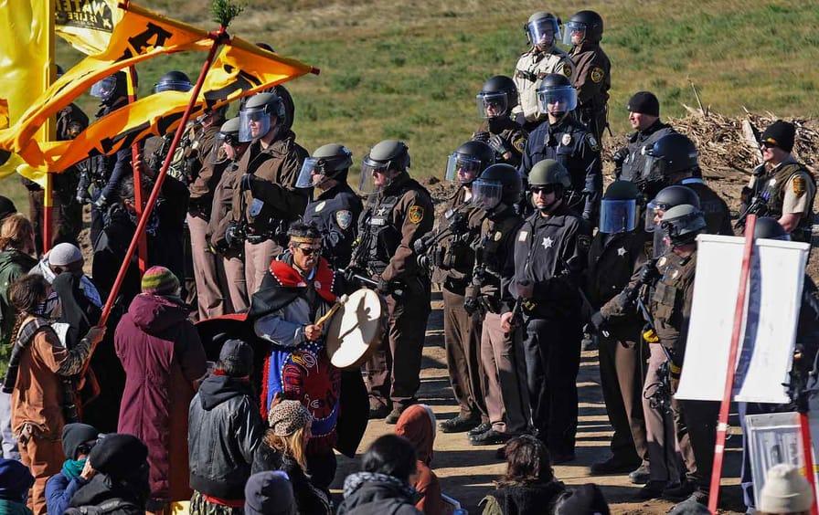 Dakota Pipeline police