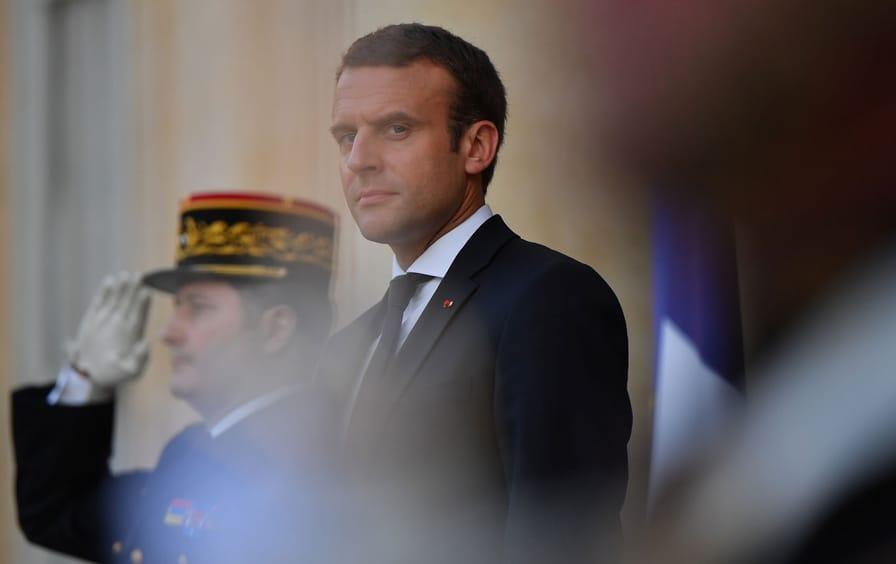 Macron-web-photo_img