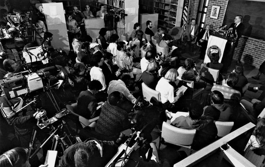 James_Buchanan_pressconference_img
