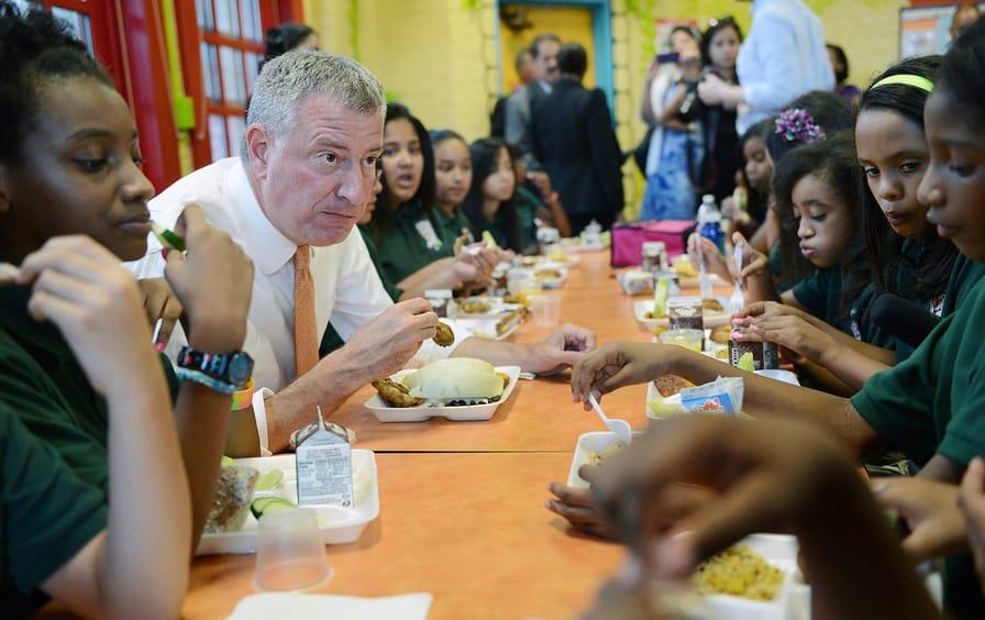 Bill de Blasio at public school