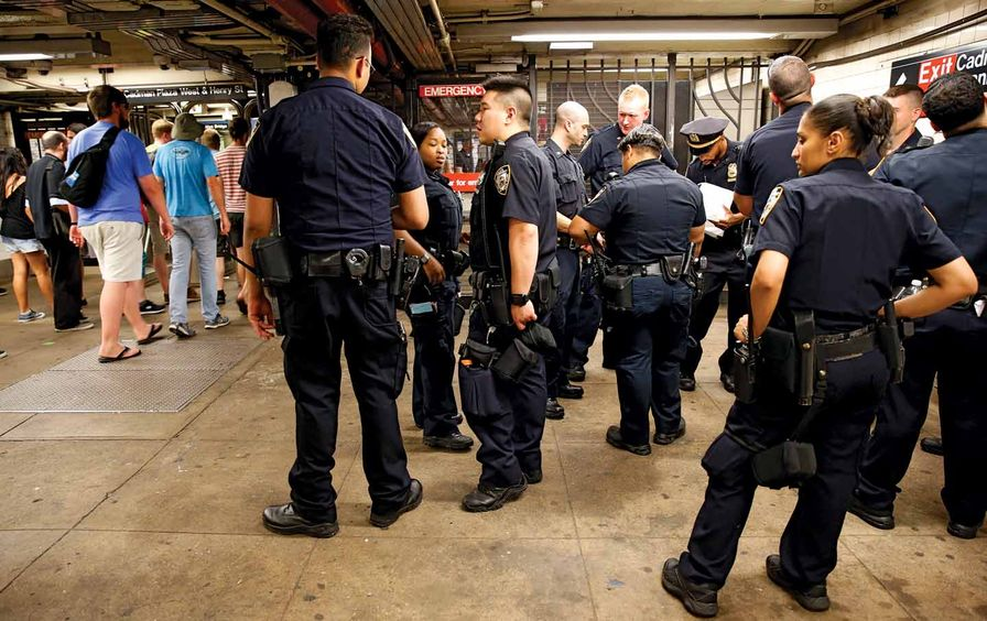 NYPD-downtownBrooklyn_ap_img