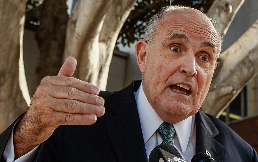 Giuliani_ap-img