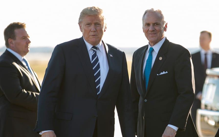 Donald-Trump-Henry-McMaster-South-Carolina-ap-img