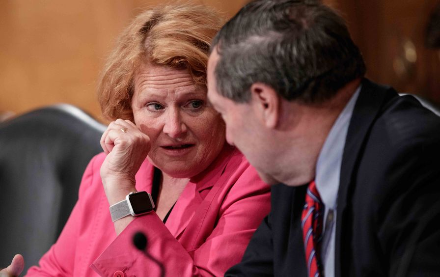 Heitkamp and Donnelly talking