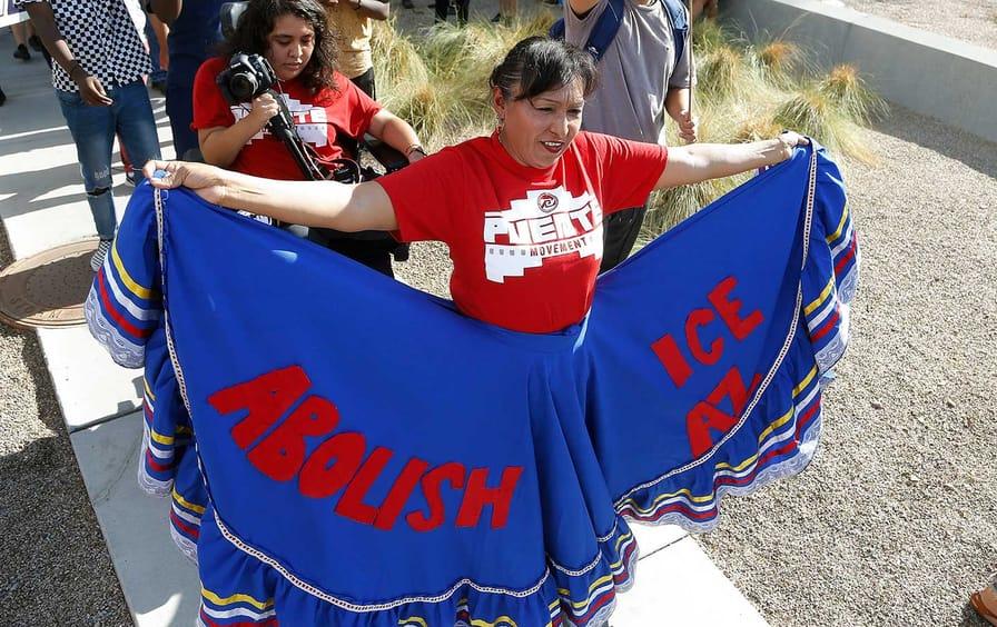 abolish-ice-protest-arizona-ap-img