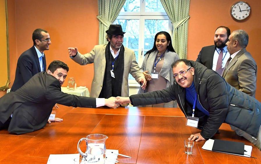 Yemen Sweden Handshake