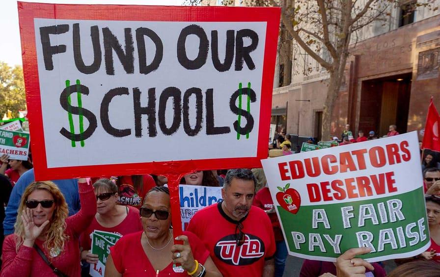 la-teachers-strike-utla-ap-img