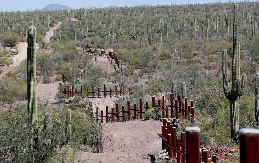 native-american-border-mexico-rtr-img