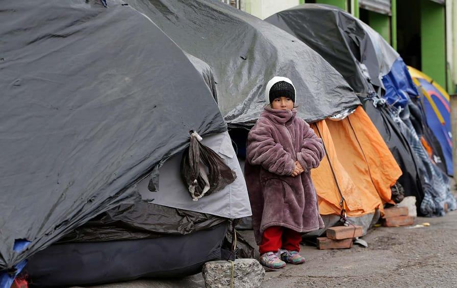 Asylum-seeker-camp-cold-reuters-img