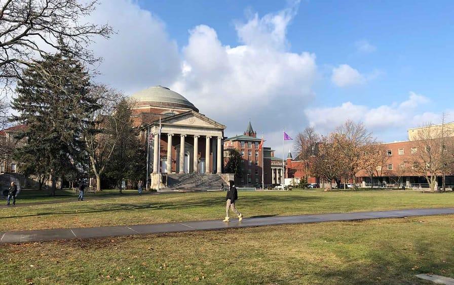 Syracuse-campus-protest-img