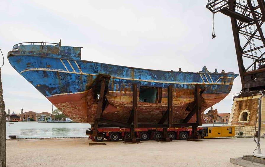 biennale-buchel-barca-otu