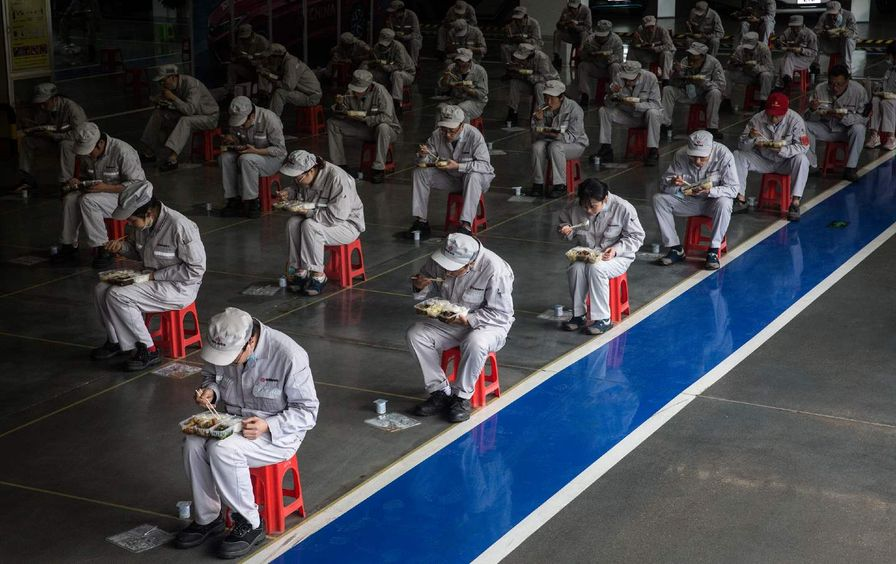 Employees eat lunch