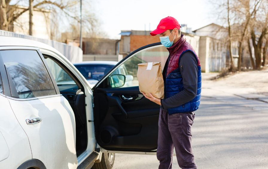 delivery-worker-shutterstock-img