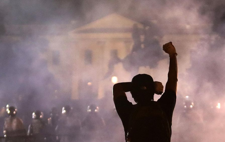 white-house-protest-gt-img