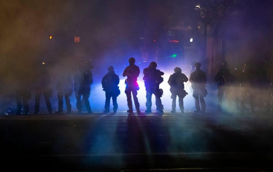 feds-tear-gas-portland-gt-img