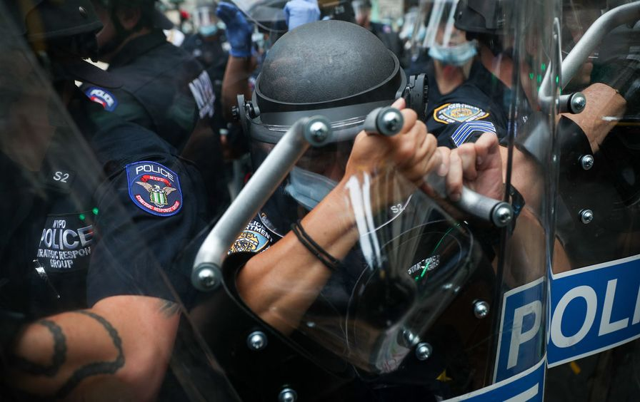 nypd-riot-gear-occupy-gt-img