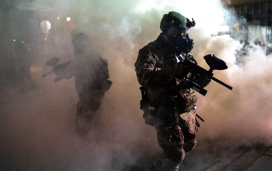 federal-agents-smoke-protests-portland-gty-img