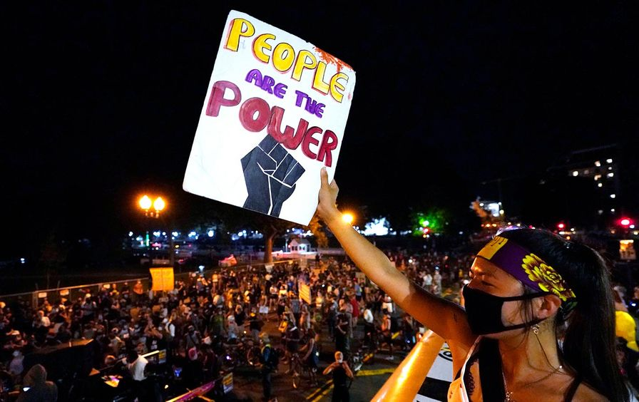 republican-convention-protest-white-house-ap-img