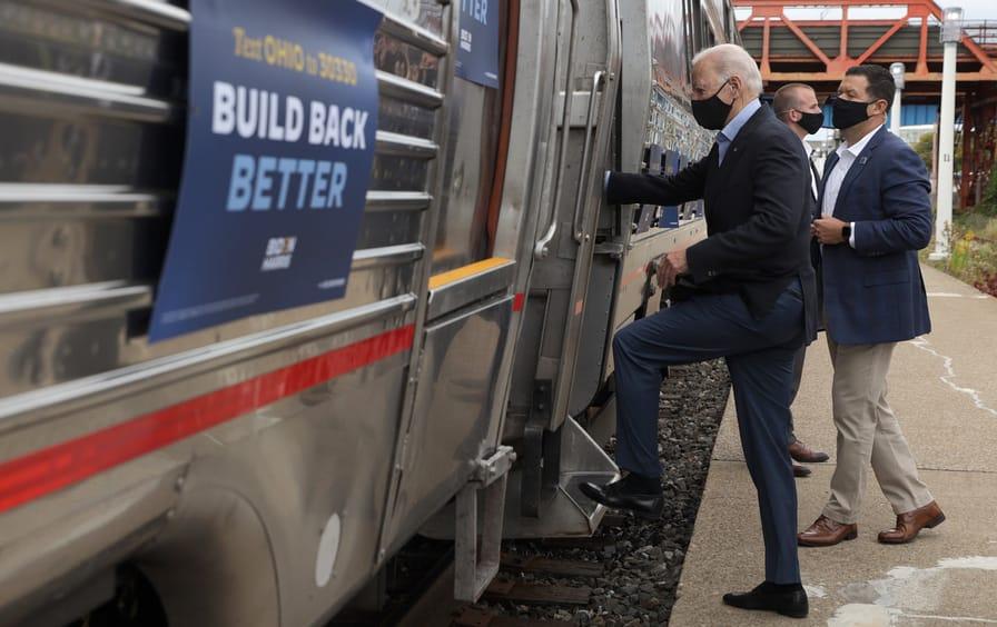 biden-amtrak-train-campaign-gty-img