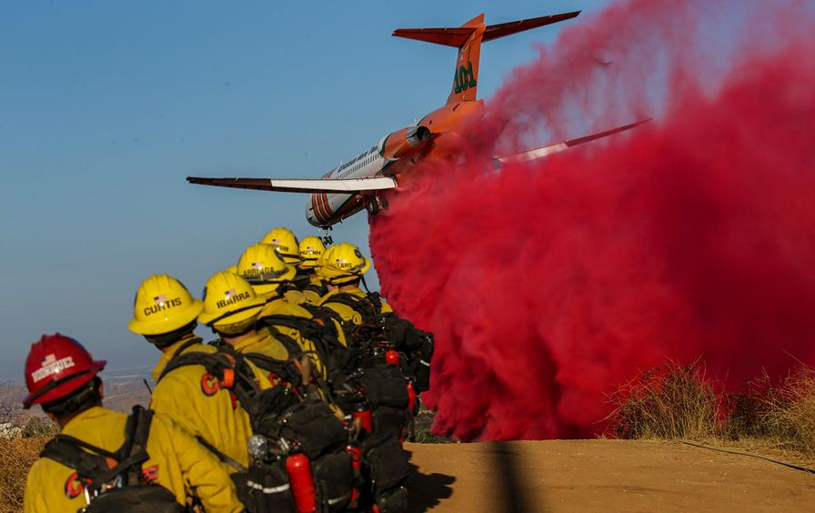 california-fires-plane-gt-img