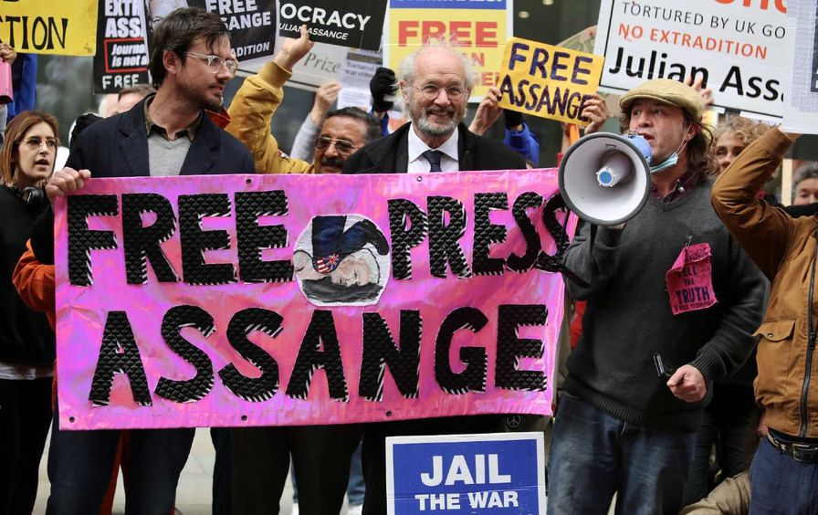 assange-trial-protest-gty-img