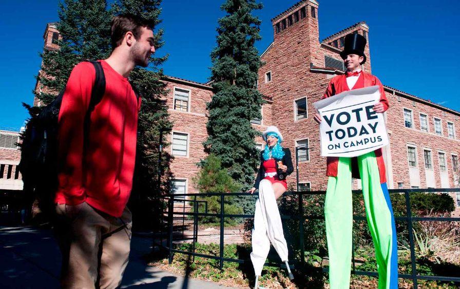 Student voting on campus