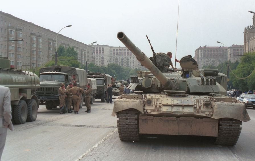 Tanks-Moscow-Coup-Getty