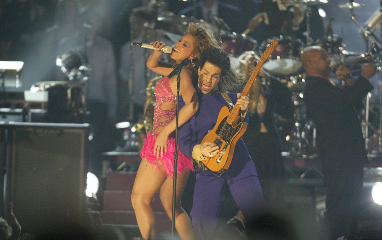 Prince_Beyonce_2004_grammy_rtr_img