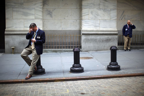 In 2009, Wall Street made a comeback. In the new year, will the Obama administration seize this opportunity to hold them accountable through comprehensive finance reform?[AP Images]