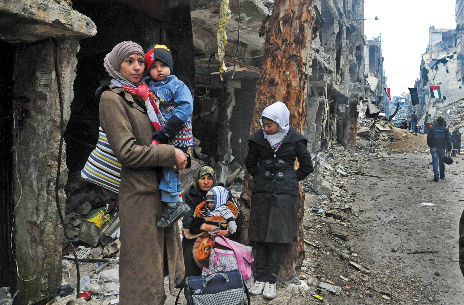 Snapshot-Syria's-Double-Refugees