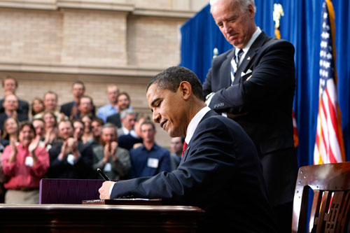 Obama's stimulus passes with only three Republican votes. The final result is decried as insufficient by the left and as excessive by the right. Robert Scheer writes that while flawed, the bill was far more than we could have expected out of any GOP administration. (AP Photos)