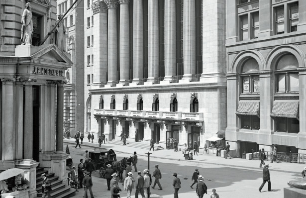 The New York Stock Exchange on the eve of its completion in 1903