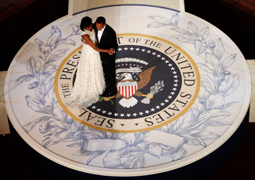 The First Couple takes to the floor at the Commander-in-Chief inaugural ball. (Reuters Photos)