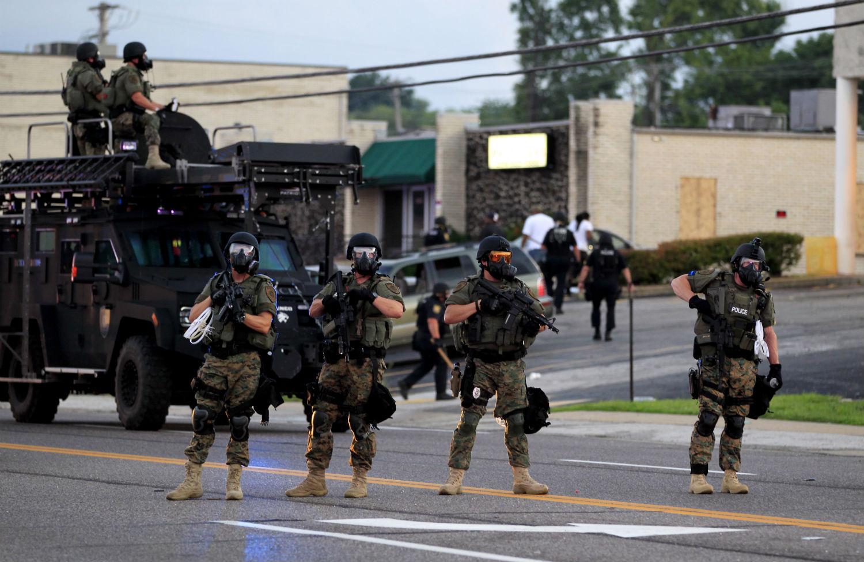 Ferguson-riot-police