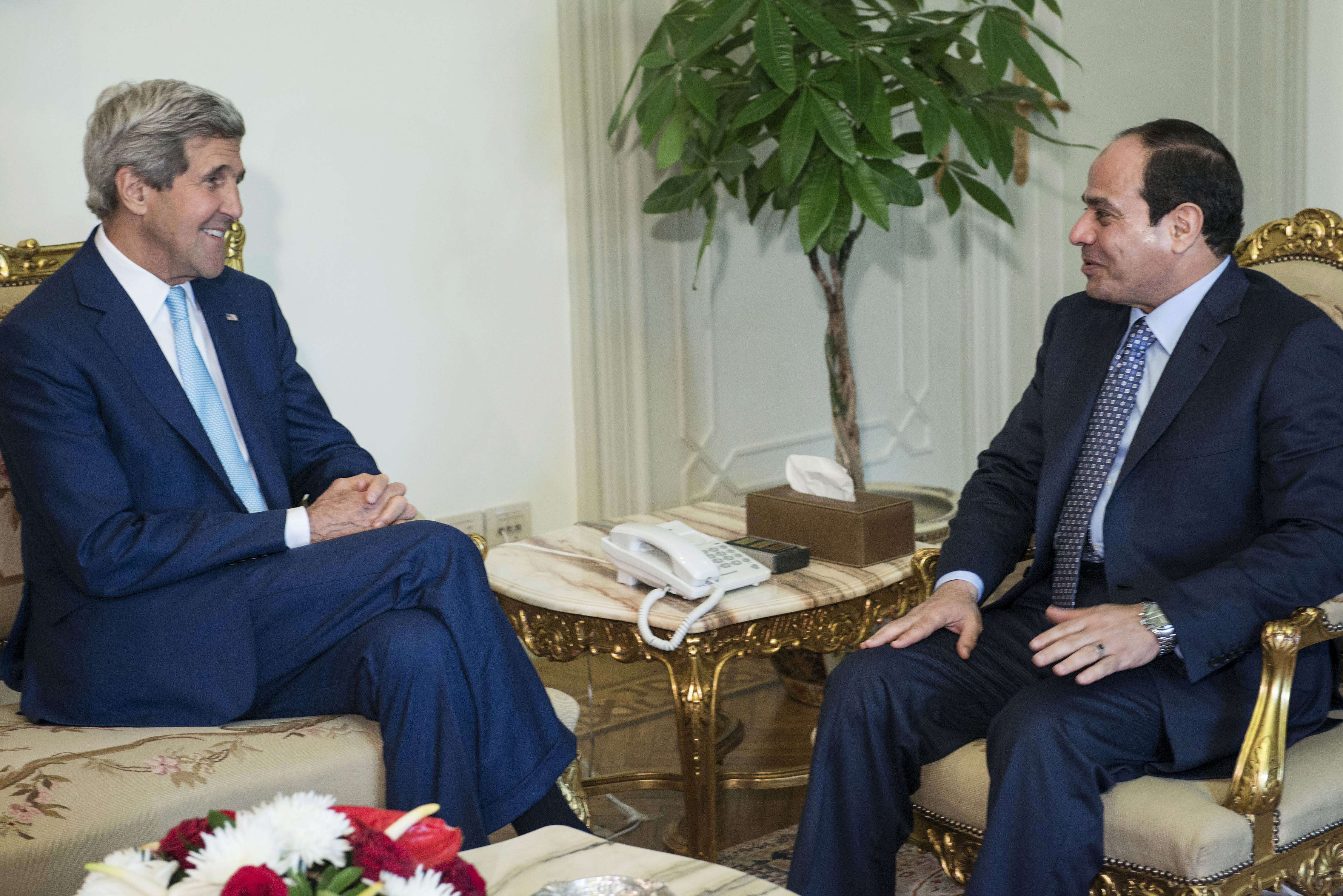 Kerry-and-el-Sissi