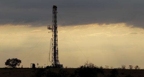 A-drilling-rig-near-Kennedy-Texas.-AP-PhotoEric-Gay