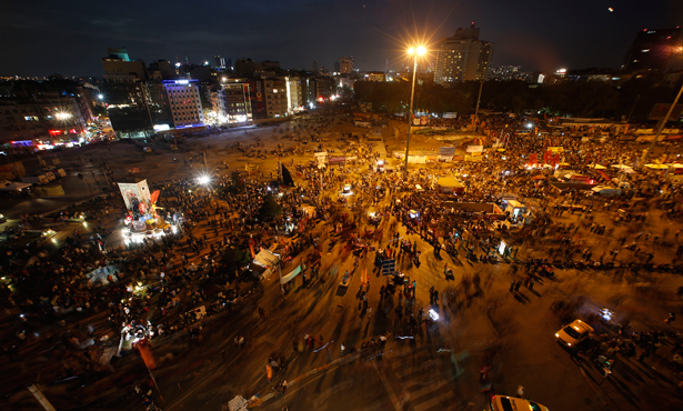 Taksim Turkey  City pictures : Turks gathered at Taksim Square, in Istanbul, for unprecedented ...