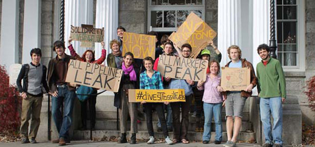 Students demonstrate for fossil fuel divestment
