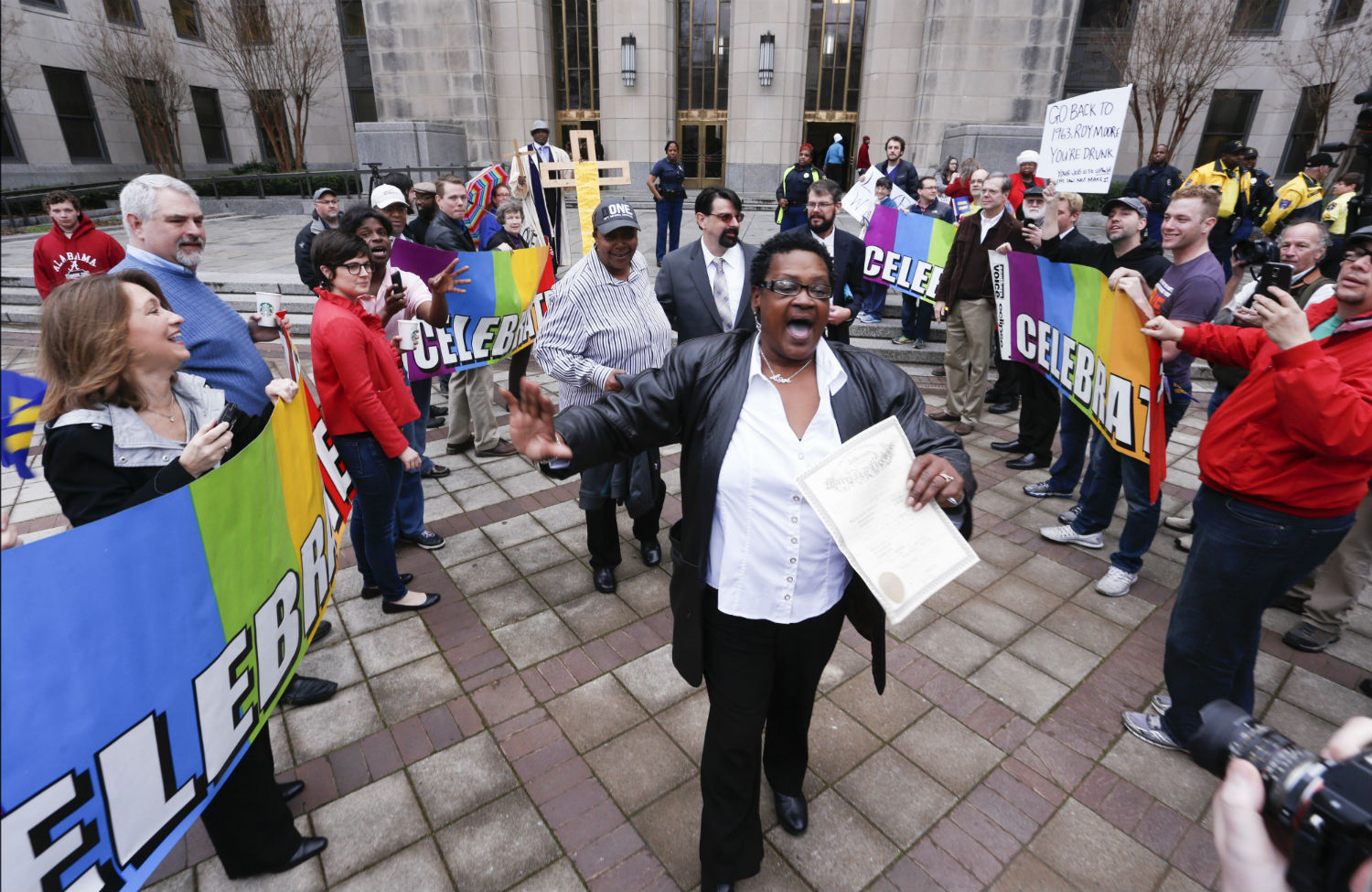 pAlabama-gay-marriage-celebration-outside-courthousep