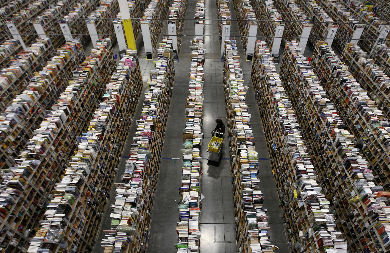 Amazon-distribution-center