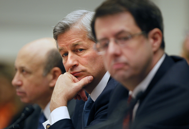 JPMorgan-Chase-CEO-Jamie-Dimon-center-helped-to-negotiate-the-companys-settlement-with-the-Justice-Department.-AP-PhotoLawrence-Jackson