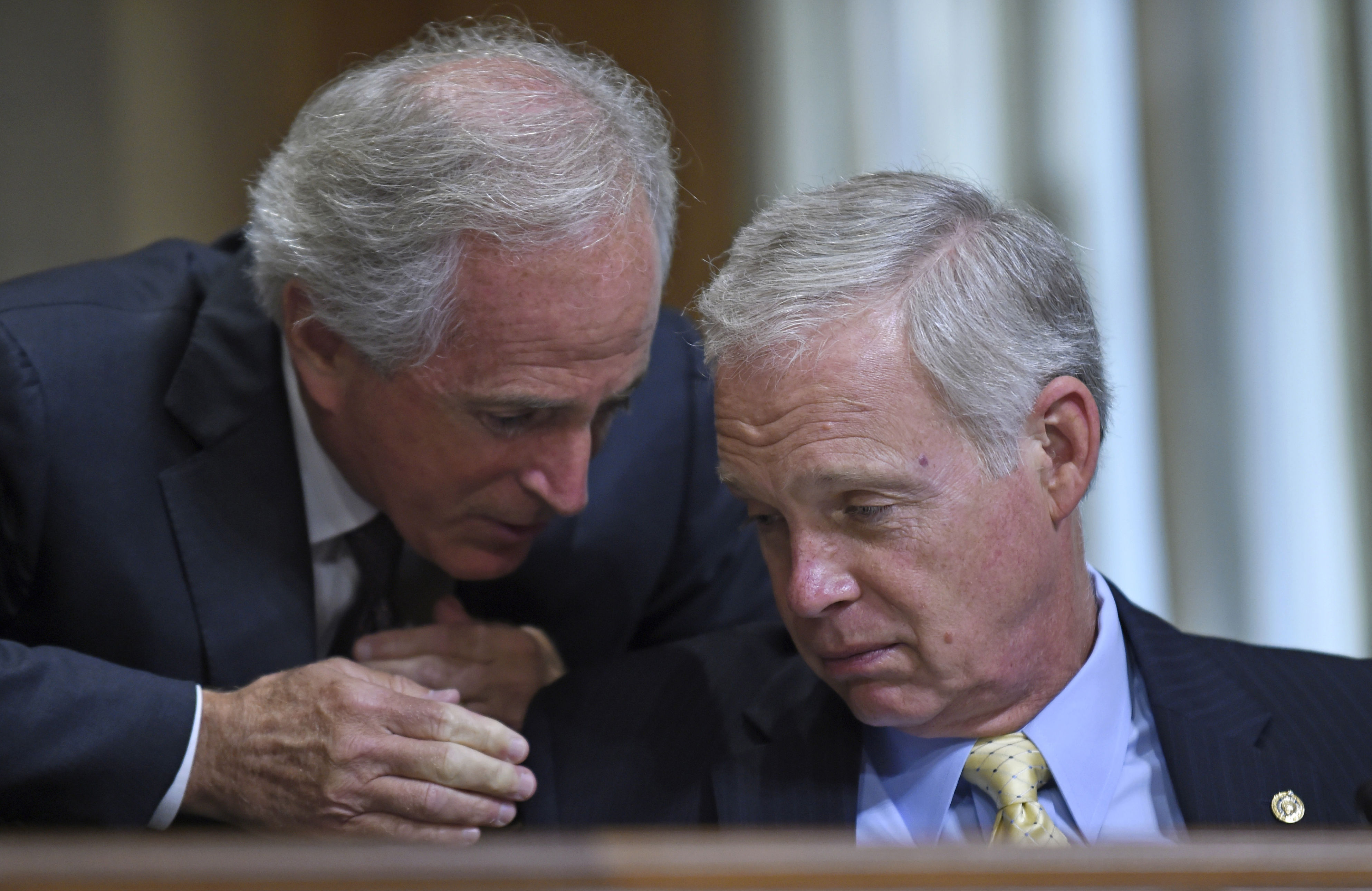 Senator-Bob-Corker-and-Sen.-Ron-Johnson